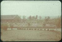 Hiller 09-078: Garden with houses in Nanking