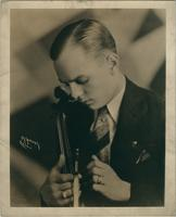 Publicity photo of unidentified violinist