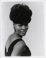 Publicity photo of Dionne Warwick