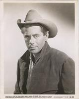 Publicity photo of Glenn Ford