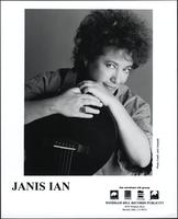 Janis Ian with guitar