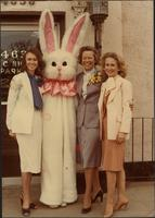 Melissa, Flo, Patricia and the Easter Bunny