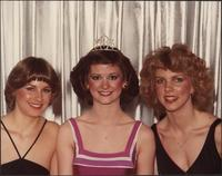 Melanie Derr with her court for Miss Boating 1982