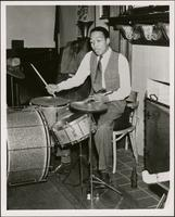 Gus Johnson playing drums