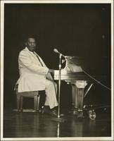 Jay McShann at the piano