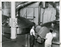 Anheuser-Busch Brewery - Adding the Hops