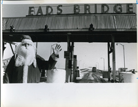 Eads Bridge-Santa's Here!